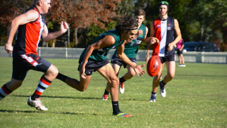 Dave Richards chases the ball v Inverell 14 May, 2016