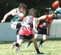 Matt Green clears, Tablelands Cup 2009